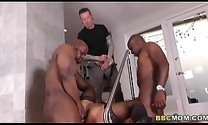 Squirting Mother Raven Hart Does Anal With Mandingo And Prince Yahshua