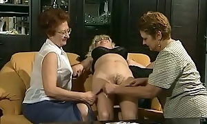 Grandmas reach threesome Sex