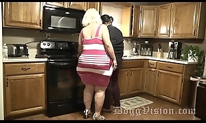 Heavy Butt Squirting GILF Fucks Stepdaughters Make obsolete