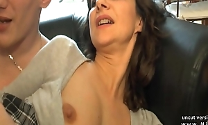 Amateur french progenitrix seduces and gives her wazoo to...