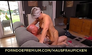 HAUSFRAU FICKEN - Chubby German granny fucks her husband during of age bush-league tape