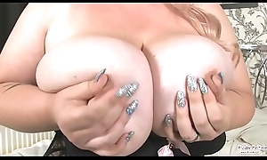 Kiki Rainbow Big Tits Distraction With an increment of Dildo Shacking up