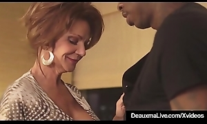 Hot Mature Cougar Deauxma Acquires Drilled By A Big Menacing Cock!